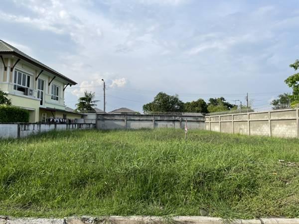 ขายที่ดินเปล่าถมแล้ว ในหมู่บ้านอนันดา สปอร์ตไลฟ์ บางพลี ในสนามกอล์ฟวินด์มิลล์บางนา-ตราด กม.10 โทร 0818995339